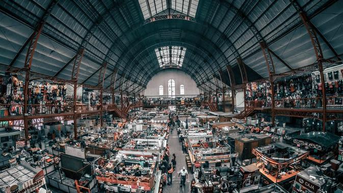 Ilustrasi Pasar Oligopoli Credit: unsplash.com/Jezael