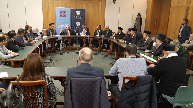Ulama Jabar Sebar 'Virus' Islam Damai ke Benua Biru