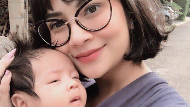Dituntut 6 Bulan Penjara, Vanessa Angel Cemas Dipisahkan dari Anak