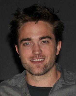 Pattinson wore wig for Twilight finale