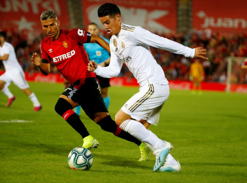 Everton sign Real Madrid midfielder Rodriguez on two-year deal