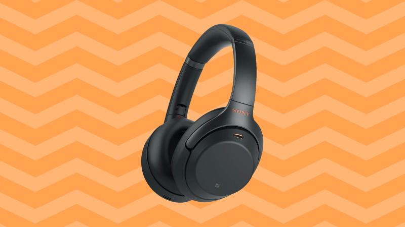Save $148 on Sony noise-cancelling headphones (WH-1000XM3). (Photo: Amazon)