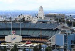California dan New York isyaratkan memulai kembai olahraga