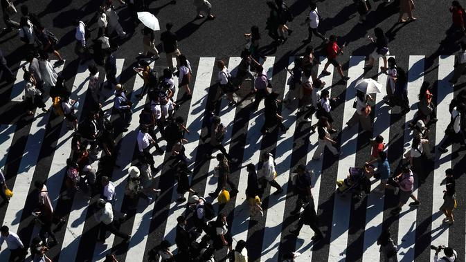 Ilustrasi jalan kaki. (AP Photo/Jae C. Hong)