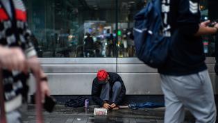 《施政報告》林鄭:未來一年集中推行已規劃福利政策  政策介入後貧窮人口減至64萬人