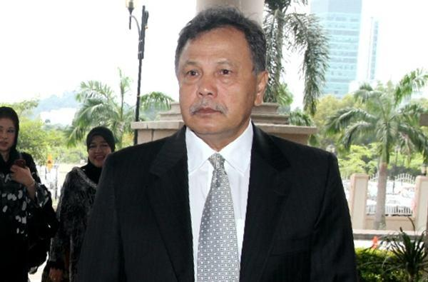 In the lawsuit, the government had sought to claim RM253.6 million from NFCorp, former minister Tan Sri Shahrizat Abdul Jalil's husband Datuk Mohamad Salleh Ismail (pic) and their three children, and six companies controlled by Mohamad Salleh's firm.