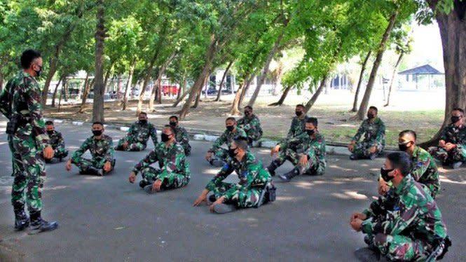 Pasukan Macan Hitam TNI Pelajari Navigasi Darat