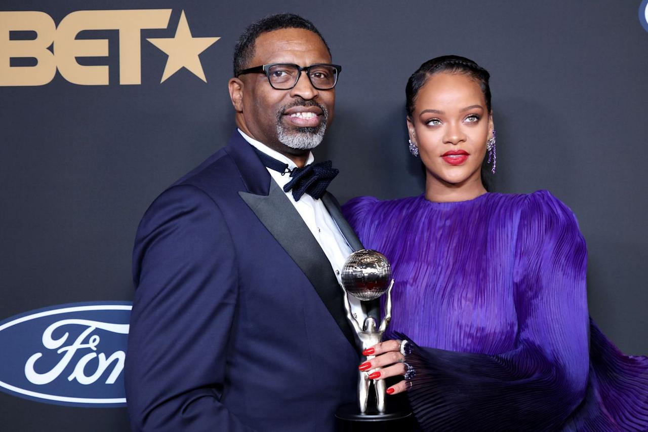 """<p>The Clara Lionel Foundation, Rihanna's nonprofit organization, has give<a href=""""https://www.instagram.com/p/B9_yNbUpDsq/"""" target=""""_blank""""> $5 million</a> in grants to <a href=""""https://www.directrelief.org/"""" target=""""_blank"""">Direct Relief, Partners In Health</a>, <a href=""""https://www.feedingamerica.org/"""" target=""""_blank"""">Feeding America</a>,<a href=""""https://www.rescue.org/"""" target=""""_blank""""> the International Rescue Committee,</a> and <a href=""""https://www.who.int/emergencies/diseases/novel-coronavirus-2019/donate"""" target=""""_blank"""">World Health Organization's COVID-19 Solidarity Response Fund</a> collectively to help underserved communities fight Coronavirus.</p>"""
