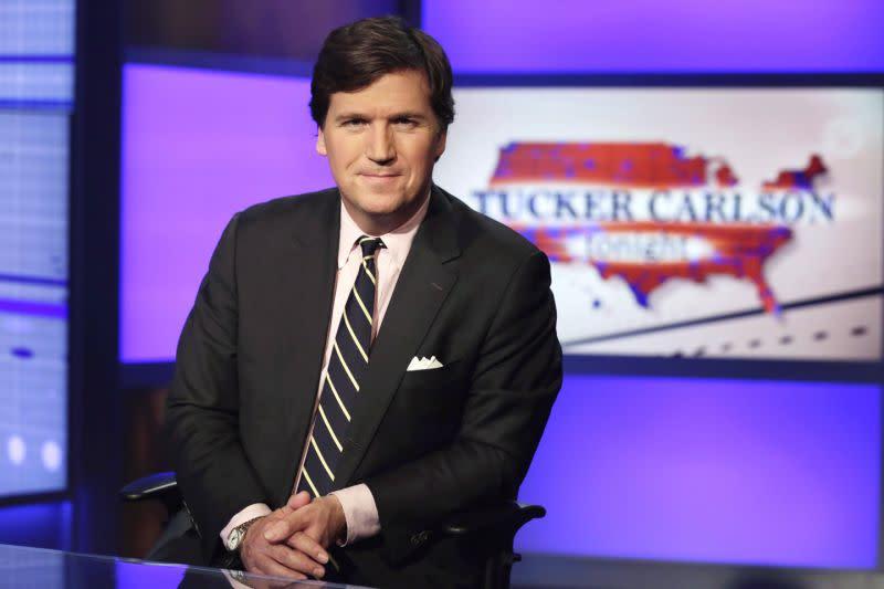Tucker Carlson dari Fox membuat panas suasana gara-gara komentarnyasoalKenosha