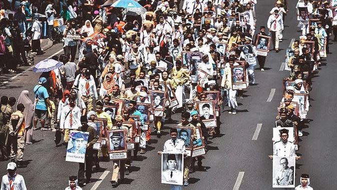 Momen Kemeriahan Parade Surabaya Juang 2019 (sumber: instagram/surabaya)
