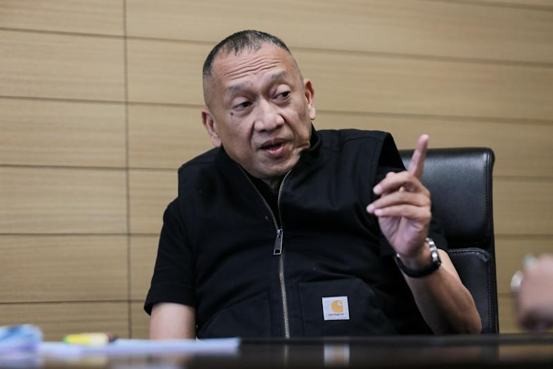 Datuk Seri Mohamed Nazri Abdul Aziz told Malay Mail in a recent interview that his proposal from July has gained the provisional support from the parliamentary whips of all major political parties. — Picture by Ahmad Zamzahuri
