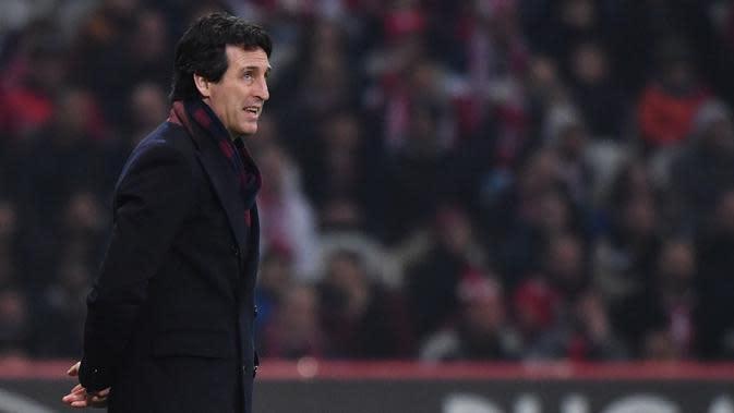 Unai Emery mulai mendapat tekanan di kursi pelatih Arsenal. (Philippe Huguen / AFP)