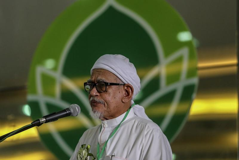 Yesterday, Hadi asserted that the country's political landscape deteriorated after his party left BN. ― Picture by Hari Anggara