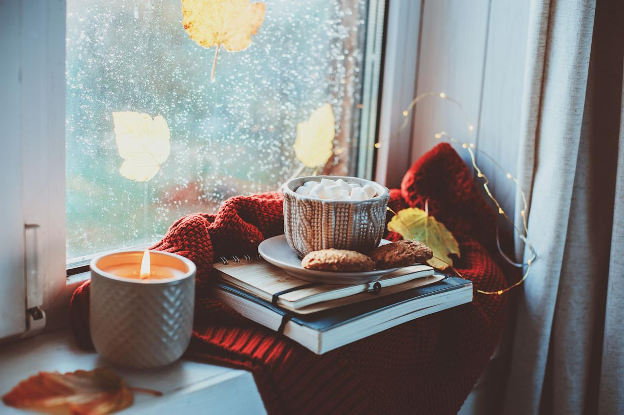 "<p>Fall and candles go hand in hand. Once the cooler weather hits, all it really takes is the scent of sweet apple, pumpkin, or cinnamon to put you in the coziest of moods. And let's face it, there's nothing like a flickering wick to complete the ambiance you've created with <a href=""https://www.goodhousekeeping.com/home/decorating-ideas/g2716/fall-decorations/#"" target=""_blank"">your fall decor.</a> That's why we're rounding up the best fall candles of 2020 from your favorite brands like Bath & Body Works, Yankee Candle, Diptyque, and more. While most of our picks below offer traditional autumn scents (<em>hello</em>, pumpkin spice latte), we do have a few that are outside the norm if you're more into the other subtle smells of the season. </p>"