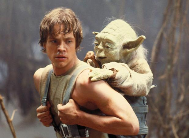 Mark Hamill Answers Questions On Reddit: 'Star Wars Episode 7′ Cast Will Include R2D2, Maybe Luke Skywalker