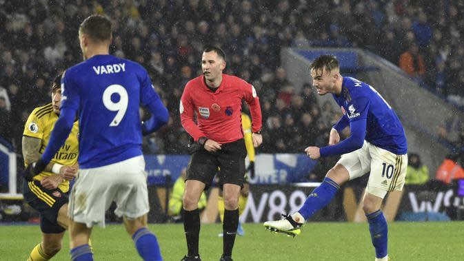 James Maddison mencetak gol kedua Leicester City ke gawang Arsenal pada pekan ke-12 Liga Inggris di King Power Stadium, Minggu (10/11/2019) dini hari WIB. Leicester menang 2-0 (AP Photo/Rui Vieira)