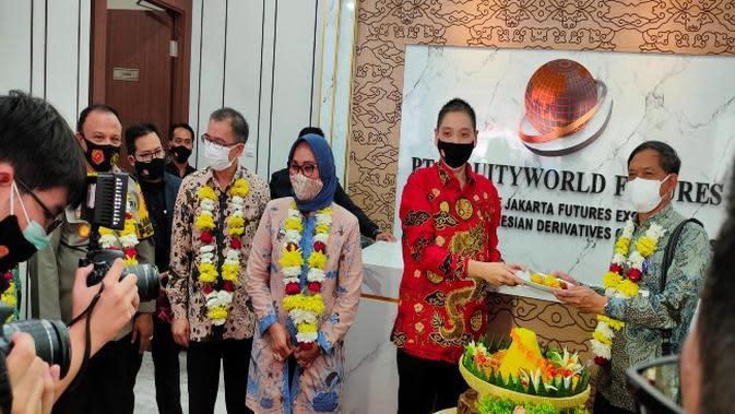 Pre Opening kantor Equityworld Future Cirebon dengan komitmen mengedepankan edukasi investasi. Foto (Liputan6.com / Panji Prayitno)