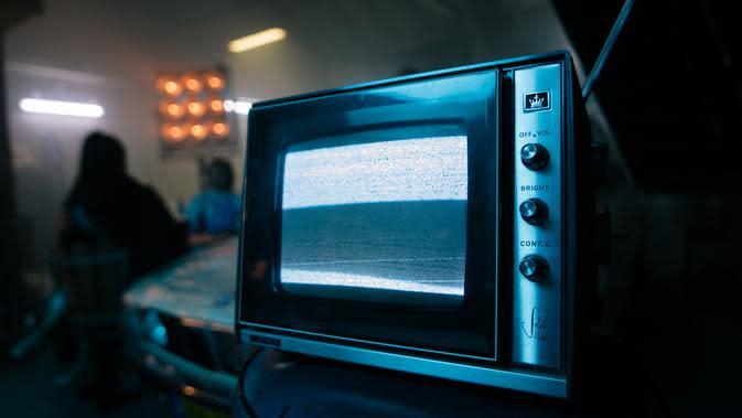 Microwave dan Oven (sumber: Unsplash)
