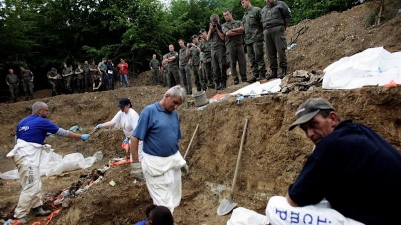 Forensic experts dig up mass graves in Bosnia