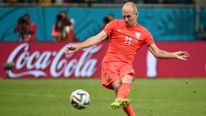 Hingga kini, Arjen Robben yang bermain untuk klub Bayern München di Bundesliga dan untuk tim nasional Belanda itu sudah mencetak 3 gol di Piala Dunia Brasil 2014. (AFP PHOTO/Damien Meyer)