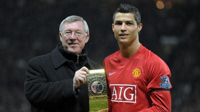 Alex Ferguson dan Cristiano Ronaldo (AFP PHOTO/ ANDREW YATES)