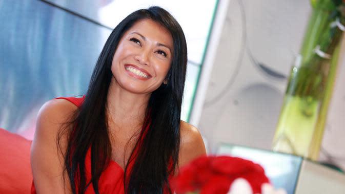 Seperti diketahui, Anggun C Sasmi telah berpindah kewarganegaraan. Sejak tahun 2000, penyanyi Anggun ikut menjadi warga negara suaminya, Prancis. Meski begitu, ia masih tetap dianggap orang Indonesia dibeberapa negara. (Deki Prayoga/Bintang.com)