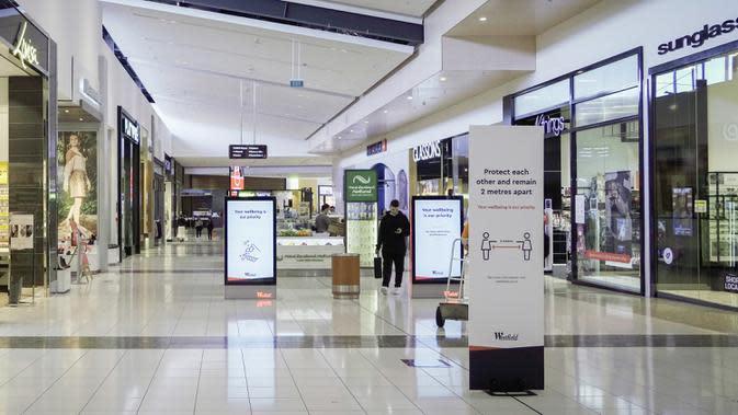 Sebuah pusat perbelanjaan tampak lengang di Auckland, 17 September 2020. Produk Domestik Bruto (PDB) Selandia Baru turun 12,2 persen pada kuartal Juni 2020, yang merupakan merupakan rekor kemerosotan ekonomi terdalam karena negara itu harus bertempur melawan pandemi corona. (Xinhua/Li Qiaoqiao)