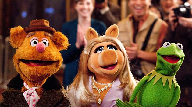 It's time to get things started! Pics and plot details emerge for 'The Muppets … Again!'