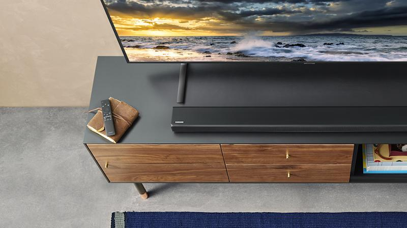 Listen up, people: This well-camouflaged soundbar is the sonic upgrade your home has been craving. (Photo: Walmart)