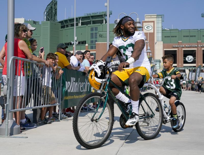 """Packers RB Aaron Jones, who went to high school in El Paso and still calls the city home, said Saturday's massacre in the city """"takes your breath away."""" (AP)"""