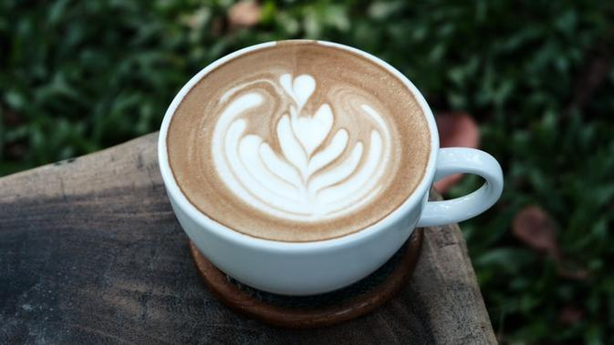 Ilustrasi Turmeric Latte Credit: unsplash.com/allways