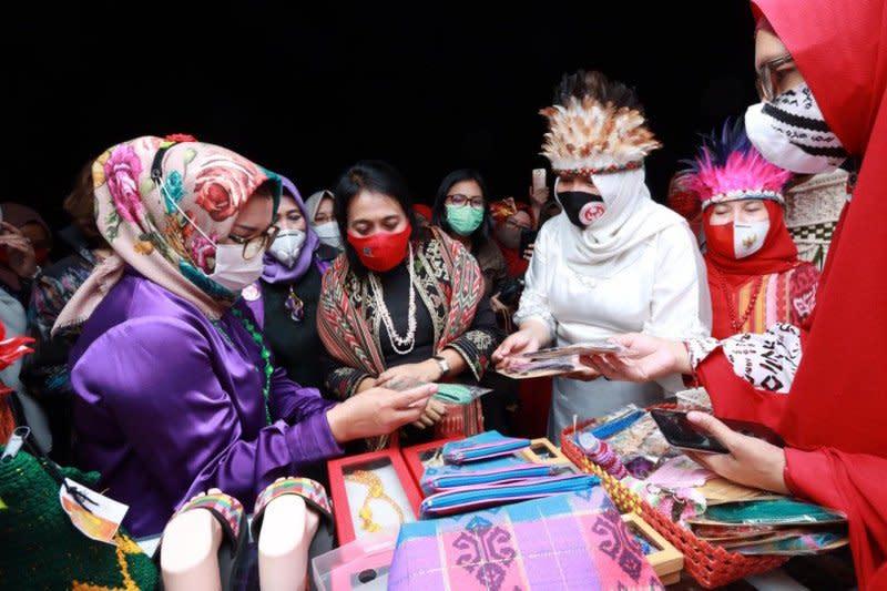 Menteri PPPA sebut produk perempuan Sulsel miliki potensi