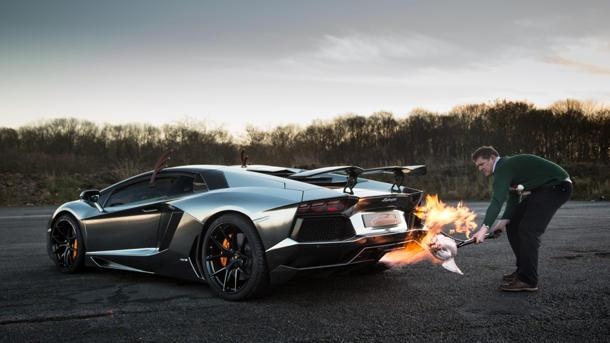 How to cook your holiday turkey using a $490,000 Lamborghini Aventador