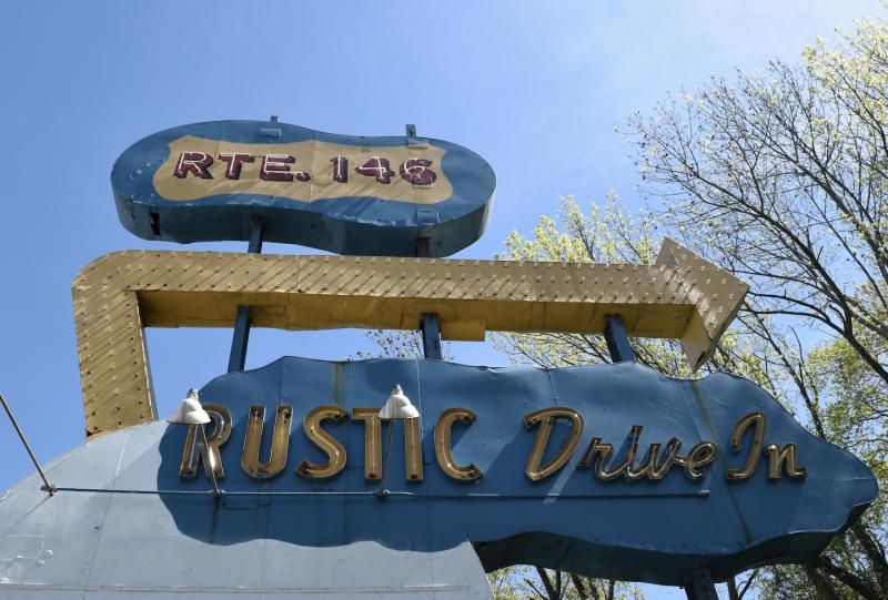 Photo credit: Rustic Drive-In