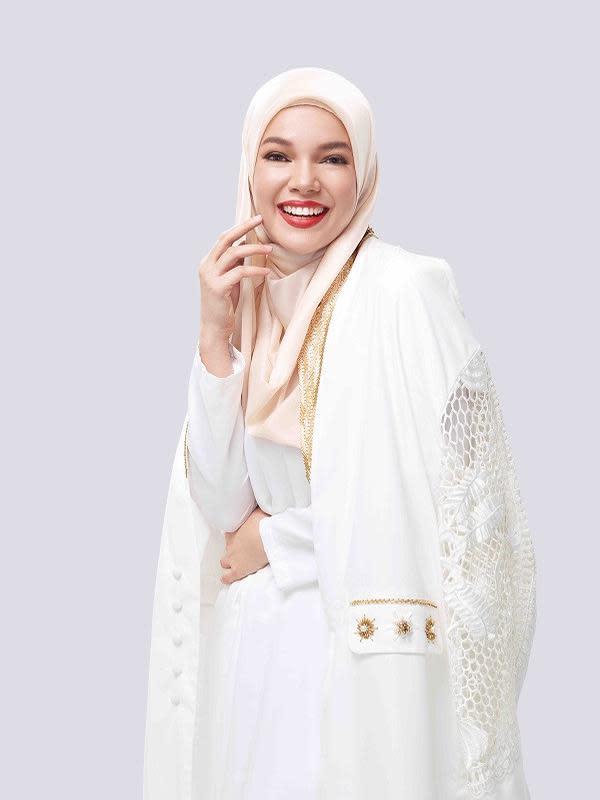 Inspirasi makeup Elegant Glam dari Wardah. Sumber foto: Document/Wardah.