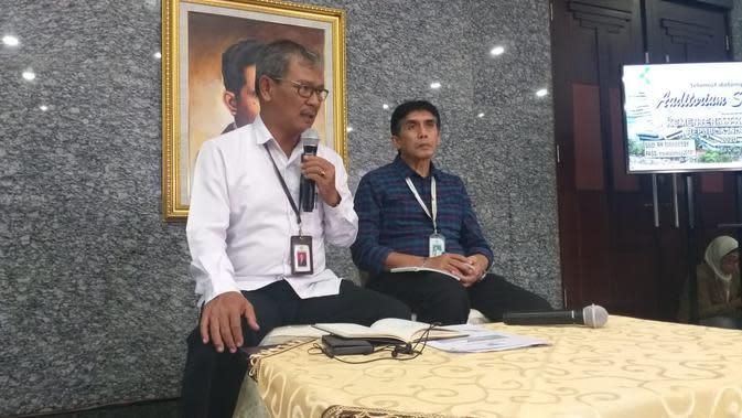 Pemerintah menunjuk Sekretaris Direktorat Jenderal Pencegahan dan Pengendalian Penyakit (P2P) Kementerian Kesehatan Republik Indonesia, Achmad Yurianto sebagai Juru Bicara (Jubir) untuk penangananVirus Corona atauCOVID-19 sejak Selasa, 3 Maret 2020.