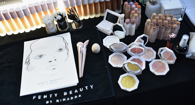FENTY BEAUTY FRIENDS + FAMILY IS HERE: SAVE 25% (GETTY IMAGES)