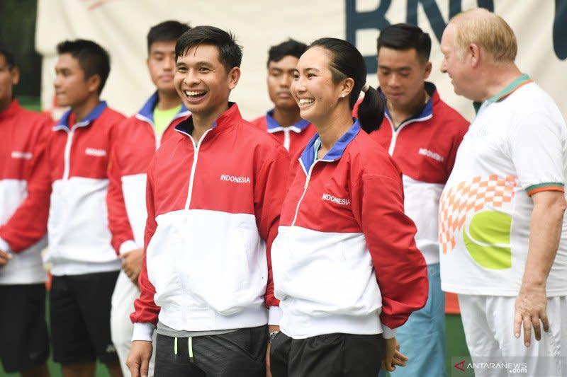 Tim tenis Indonesia beradaptasi dengan lapangan lambat Rizal Memorial