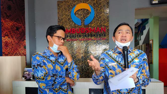 Kepala Ombudsman RI perwakilan Sumsel M Adrian Agustiansyah mengungkapkan fakta-fakta yang dialami nakes di RSUD Ogan Ilir (Liputan6.com / Nefri Inge)