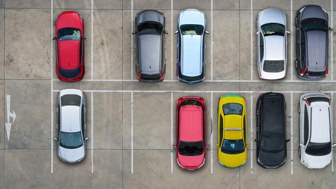 Mau Ikut Parkir Mobil di Apartemen, Berikut Aturannya