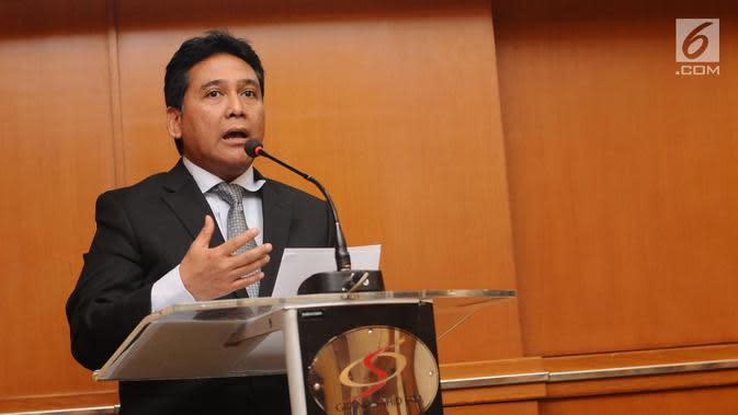 Ketua Umum PHRI, Hariyadi B.S.Sukamdani memberi sambutan usai menandatangani MoU dengan Polri di Jakarta, Kamis, (20/7). MoU tentang Penyelenggaraan Pengamanan Hotel dan Restoran. (Liputan6.com/Helmi Fithriansyah)