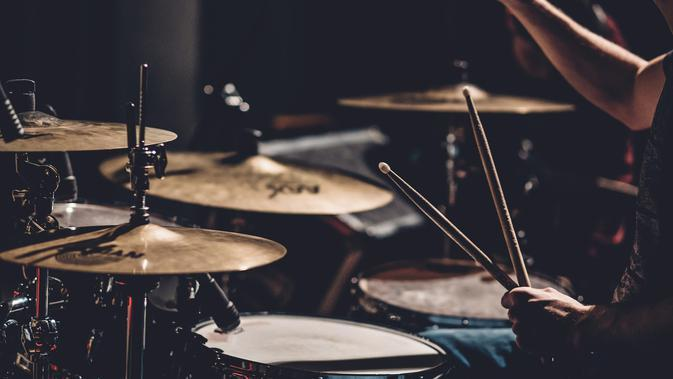 Pemuda DifabelSukses Jadi Drummer Terkenal Bermodal Cuek pada Cemoohan