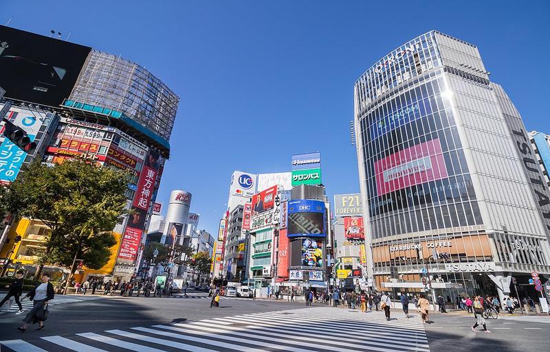 日本3月初新冠肺炎疫情趨緩,但近日確診人數又激增,對此有一篇「日本東京確診數字亮點」的貼文引發熱議。