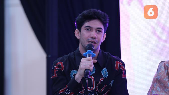 Reza Rahadian. (Daniel Kampua/Fimela.com)