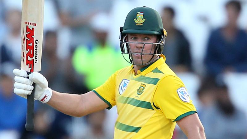 AB de Villiers has signed for Brisbane Heat in the upcoming Big Bash season.
