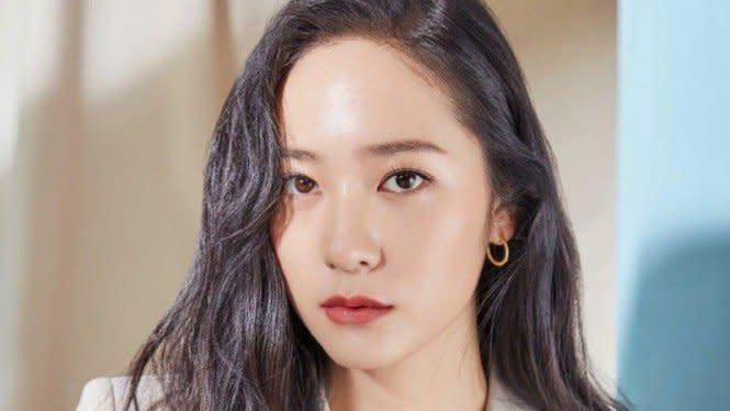 Kontrak Berakhir, Krystal f(x) Segera Tinggalkan SM Entertainment