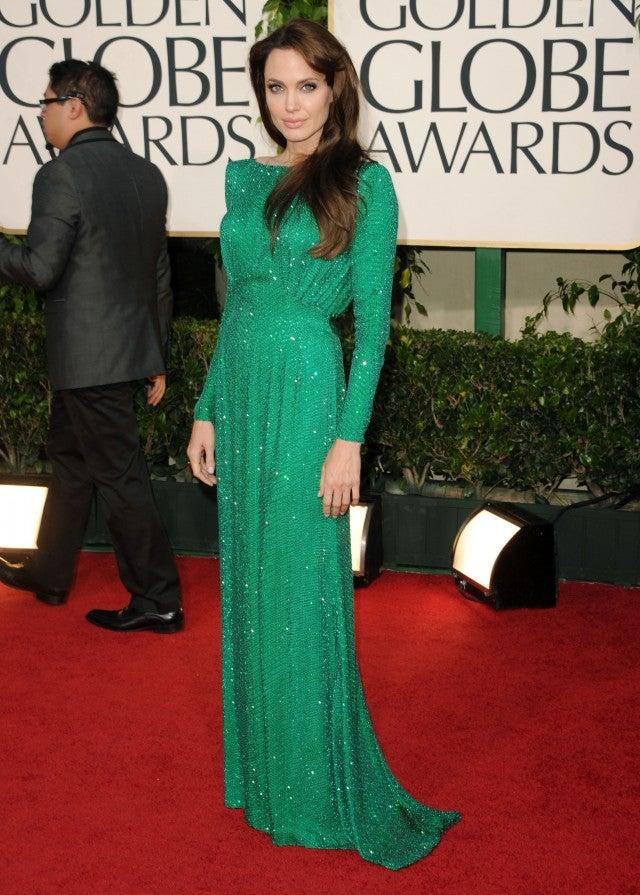 angelina jolie at golden globe awards 2011