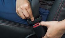 「靜音扣」疑成國道死亡車禍奪命關鍵!安全帶怎麼繫才能保命?