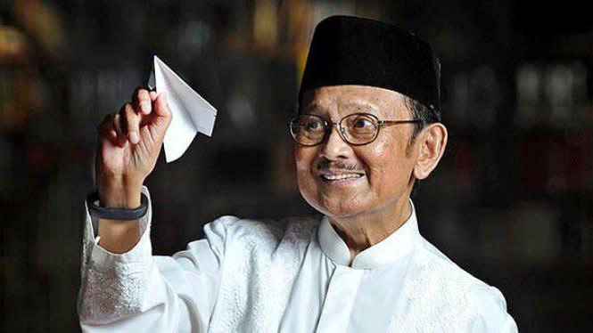Ustaz Adi Hidayat Sebut BJ Habibie Sebagai Mr Crack, Apa Artinya?