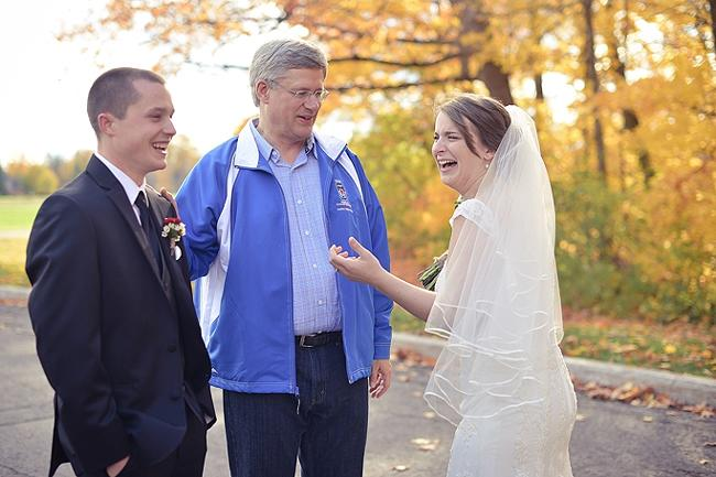 Harper photobombs wedding